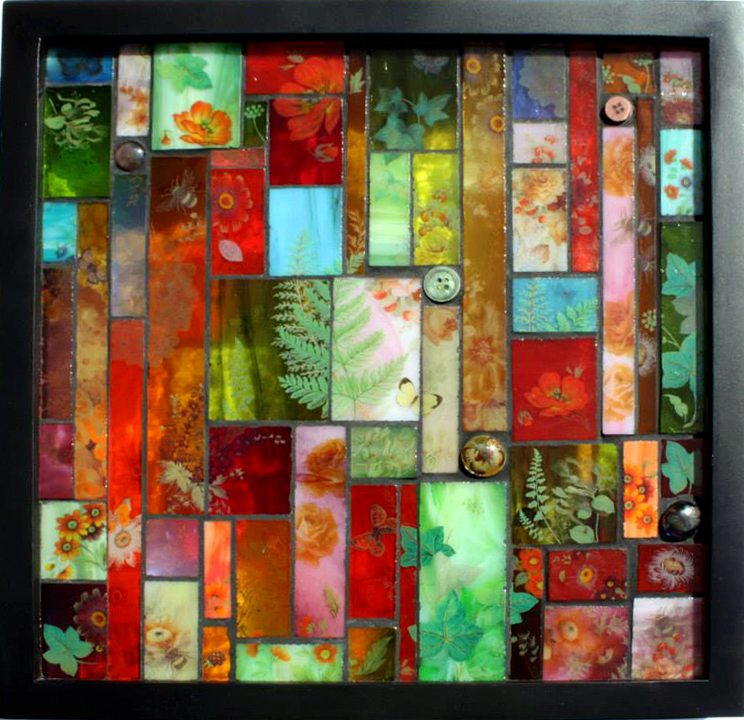 Stained glass,<br /> ceramic decals and<br /> vintage buttons<br /> with black grout<br /> 33 x 33 cm